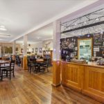 Mole Creek Guesthouse cafe