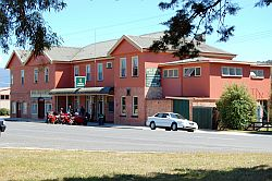 Mole Creek Hotel small